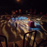 Notícias do Rio de Janeiro: Paracuru Cia. de Dança no Teatro Cacilda Becker + Teatro Xirê lança campanha de empréstimo de cadeiras para espetáculo + Encontros Carbônicos no Largo das Artes