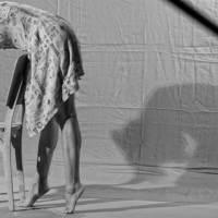 """""""Voz"""" + """"O Corpo em Diálogo"""": videoinstalação e bate-papo sobre experiências corporais no Rio de Janeiro"""
