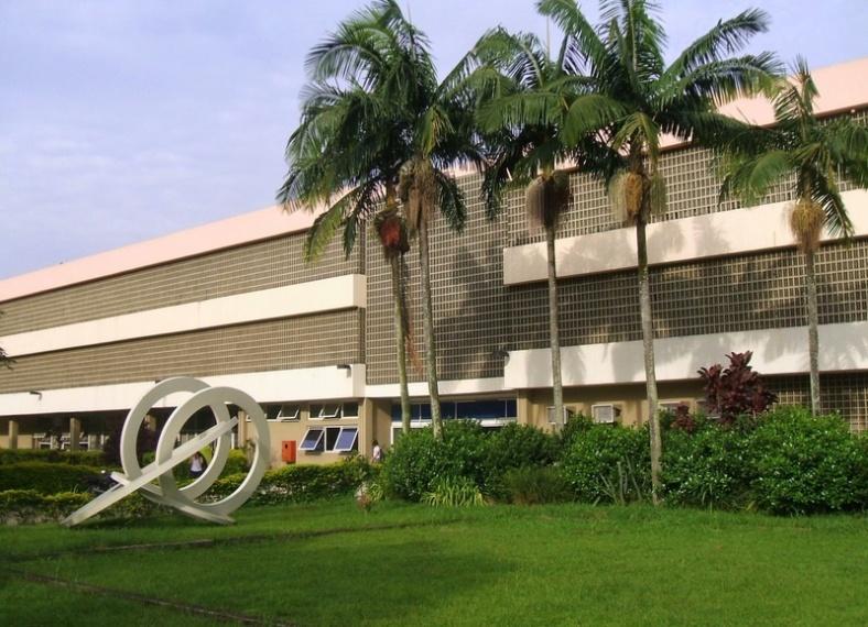 Escola de Comunicação e Artes da USP / fonte: pt.wikipedia.org
