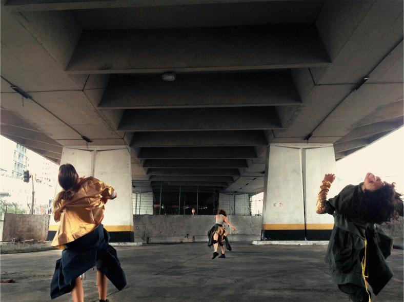 Bailarinas do Núcleo Cinematográfico de Dança em Blow Up (vol. 2), Lado A / foto: Mariana Sucupira