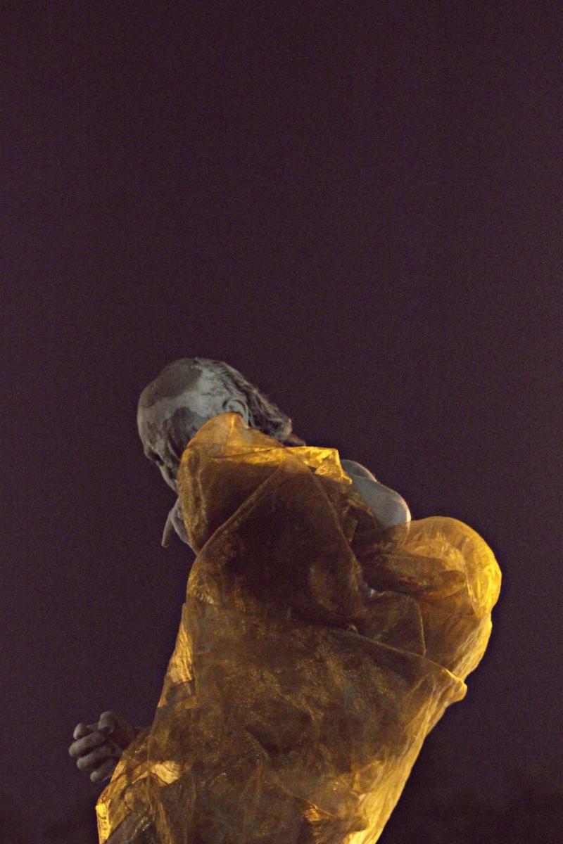 [ctrl+alt+dança MÓVEL] [textos] Raíssa Ralola compartilha impressões sobre performance do AUM / Núcleo de Caos no Rio de Janeiro
